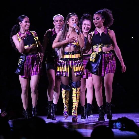 I Love The Tour Outfits Arianagrande Arianator Arianaarmy