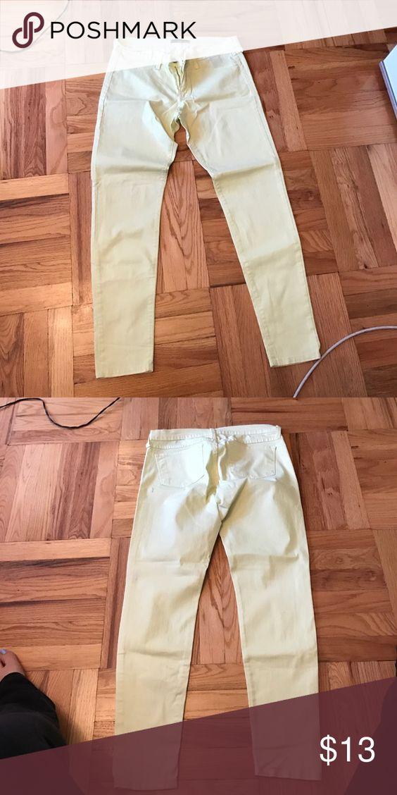 Flying monkey yellow jeans size 11 Beautiful flying monkey jeans size 11. Worn once. Jeans Skinny