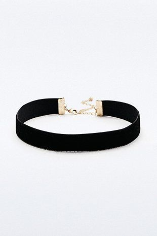 Collier ras du cou simple en velours - Urban Outfitters