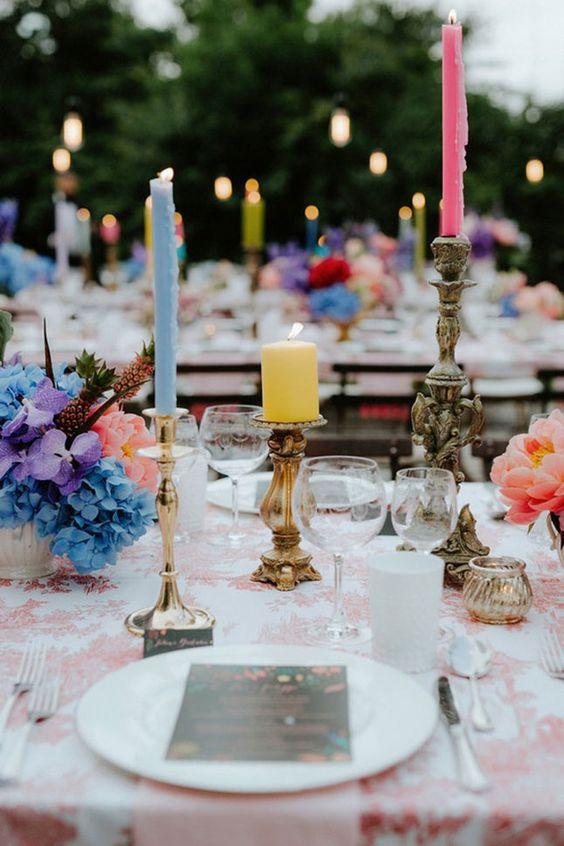 accesorii aranjamente florale lumanari colorate sfesnice decor nunta