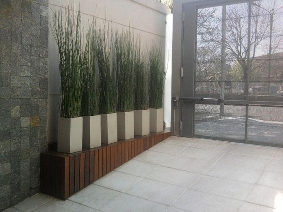 Jardines modernos buscar con google landscape for Jardines exteriores para oficinas