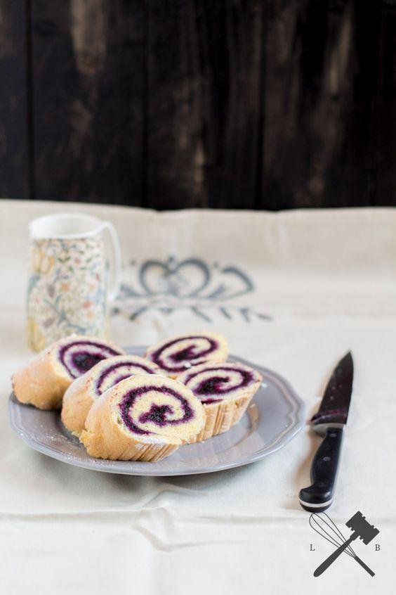 Blitzschnelle Biskuitroulade mit Marmelade #Rezept