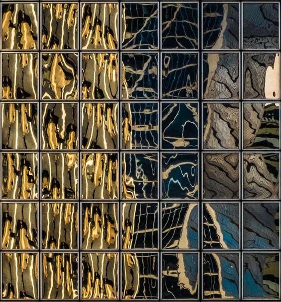 SQUARES - Reflections at LA DEFENSE