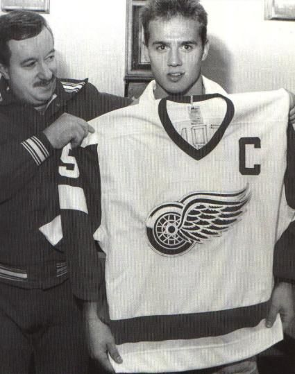 Steve Yzerman named captain, 1986