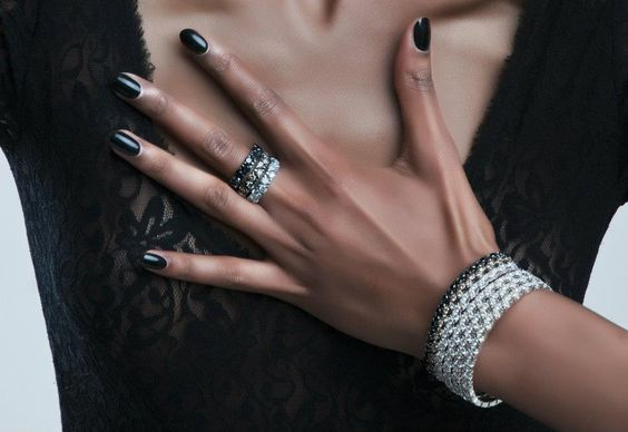Garavelli 2012 ad campaign: right hand ring from Coil Collection