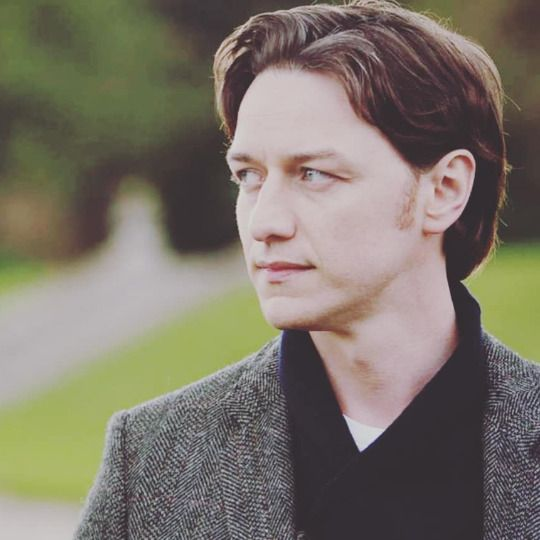 Pin By Svnithereens On James Mcavoy James Mcavoy Charles Xavier Scottish Actors