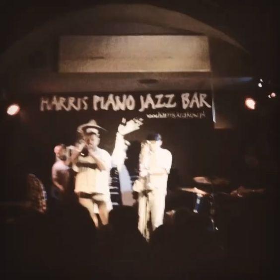 Just Jazz at Harris Piano Jazz Bar  www.harriskrakow.pl • Władek Grochot trumpet trabka • Janusz Nowak trombone puzon • Mateusz Sobiechowski piano • Piotr Południak double bass kontrabas • Wiesław Jamioł drums perkusja ••••••• #Miles7one @music #krakow #krakowie #worldwithoutmusic  #goodtimes #instagood #goodvibes #goodlife #goodtime #goodluck #music #musicallyapp #musica #musician #musicislife #livemusic #goodmusic #jazz #jazzmusic   @jazztube @sonymusic @studiodiregistr @mnkrk