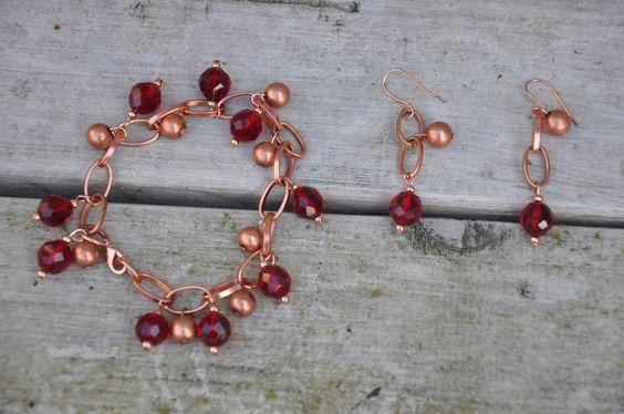 Crea Copine Collection - Bracelet and earrings with rosé and red crystal beads - Unique and handmade - Ordernumber CC-14-042 (Armband en oorringen met rosé en rode kristallen kralen - Uniek en handgemaakt - Bestelcode CC-14-042) - 25 euro + shipping costs