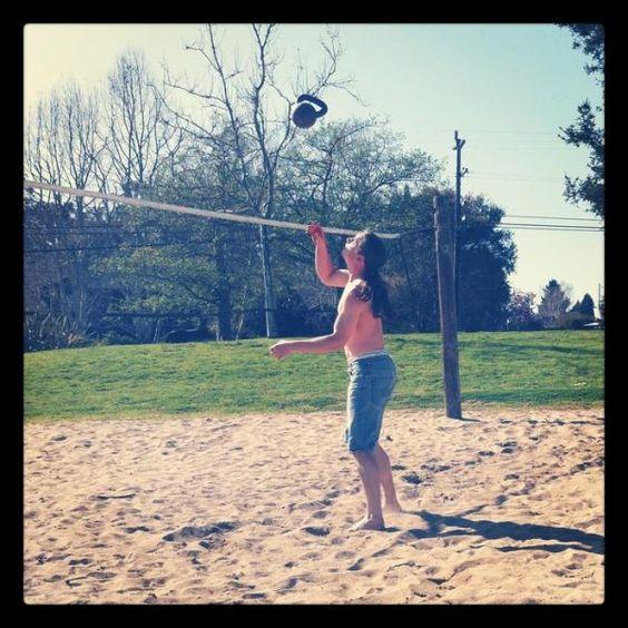 kettlebells, kettlebell juggling, ballistic, explosive strength, conditioning