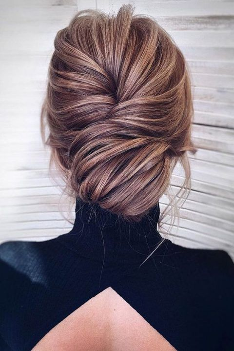 23 Elegant Mother Of The Bride Hairstyles #elegant #mother #bride #hairstyle