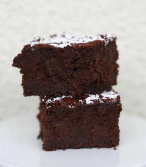 Seelentrösterkuchen oder sagenhafte Rote Beete (pssst!) Brownies/8.2016 Note: 3 mit Kochschoko