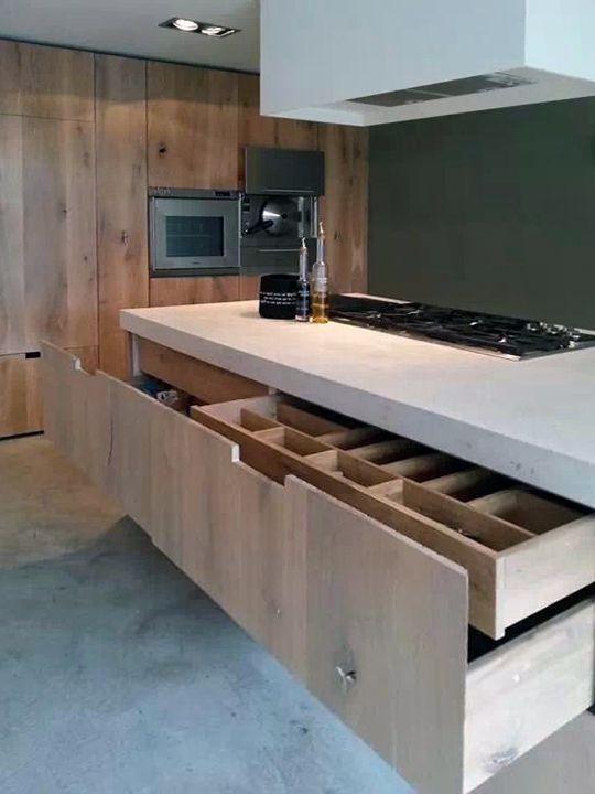 De series massief houten keukenfronten die houtmerk aanbiedt zijn toe te passen op het metod - Te vernieuwen zijn houten trap ...