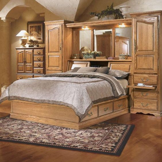 Home Decorators Outlet St Louis: Master-Piece Queen Pier Bed Group By Furniture Traditions