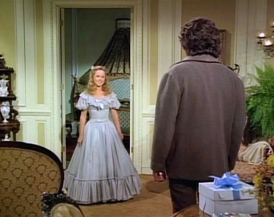 Melissa sue anderson as mary ingalls wears the most for Laura ingalls wilder wedding dress