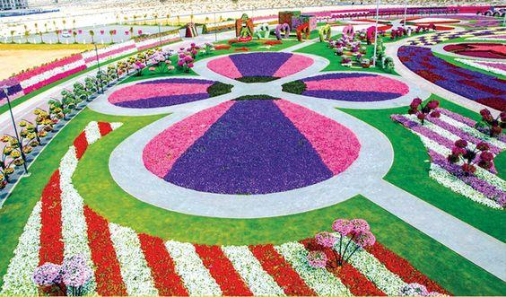 هذه هي الدولة العربية التي تضم أكبر حديقة ورود في العالم Miracle Garden Most Beautiful Gardens Dubai Garden