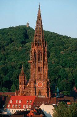 La cathédrale de Fribourg en Brisgau