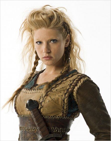 Love this style (Lagertha from Vikings)