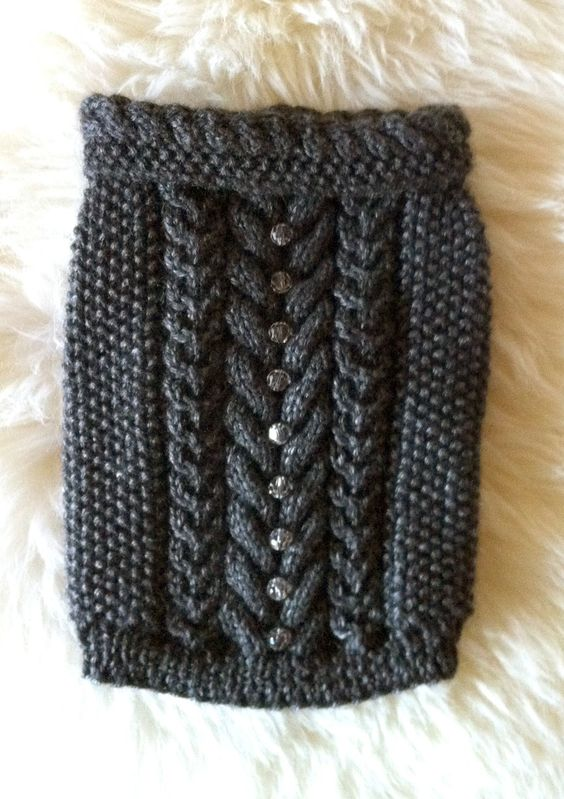 Free Easy Knit Sweater Patterns : Gray Cable Knit dog sweater by Vienna Couture Canine Coco Pinterest Cab...