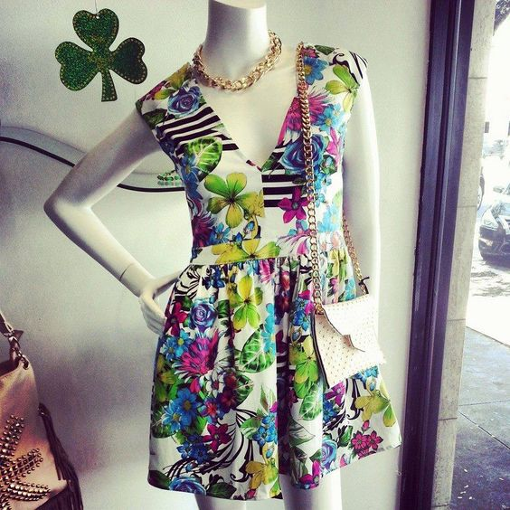 Floral Dress <3 Perfect for Spring and Summer! From Essence Boutique