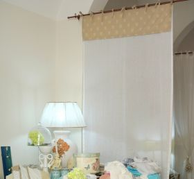 Made by experienced tailors in mixed linen, fine linen and pure cotton, according to Apulian weaving craft. #madeinitaly #artigianato #tenda #curtain