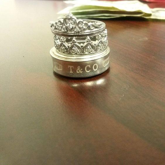 My favorite rings ever. Brrakfast with #tiffanyandCompany lol :]