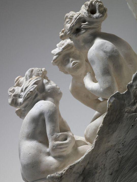 Camille Claudel - Les Causeuses (Les Bavardes). 1895, 2nd version, plaster, 40 x 40 x 40 cm