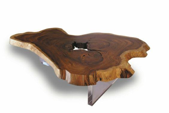Baumstamm Tisch - der Eyecatcher im rustikalen Wohnzimmer -   - amalia lounge sessel ergonomische form attraktiv design
