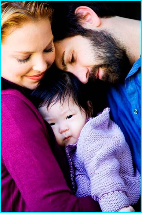 I would love a photo like this with our beautiful adopted baby girl, beautiful family shot!