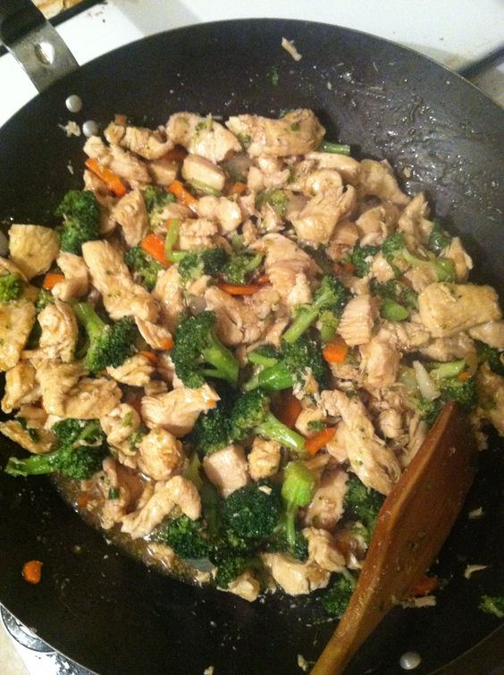 Chicken n broccoli stir fry.... Being my first time making it I have to say it was delicious. I served it over steam rice