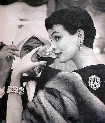Marvella jewelry advertisement, 1955