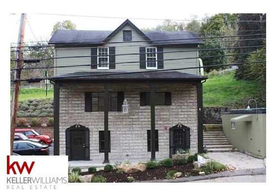 Lease Available With General Commercial Zoning There Is An Array Of Permitted Uses And An Abun Commercial Property For Sale Commercial Property Selling House
