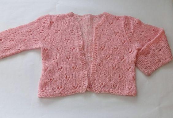 モヘアで編んだ春らしい色のすかし編みカーディガンです。丈は少し短めで軽やかです。|ハンドメイド、手作り、手仕事品の通販・販売・購入ならCreema。