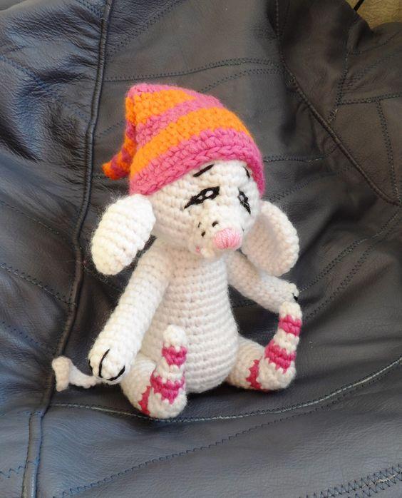 Crochet Toy Pattern, Crochet MOUSE Pattern , Amigurumi Mouse Pattern, Amigurumi Crochet Mouse Pattern, PDF Pattern by jelenateperik on Etsy https://www.etsy.com/listing/162746797/crochet-toy-pattern-crochet-mouse
