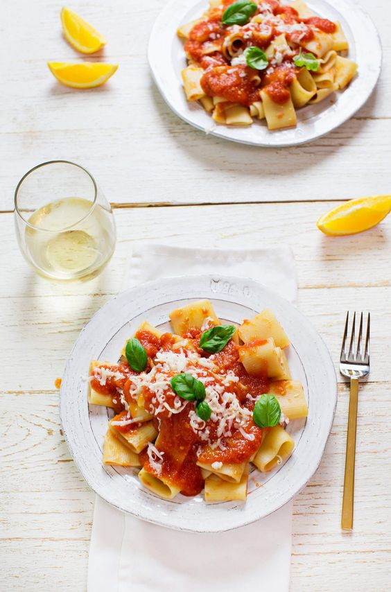 Fresh tomato and orange pasta sauce