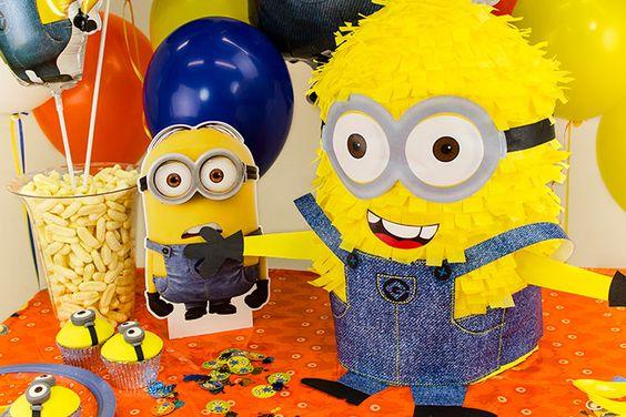 Minion Piñata für eine Minion Mottoparty