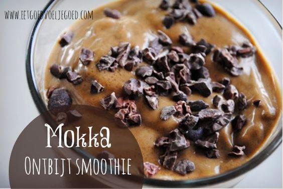 Mokka Ontbijt Smoothie | Deze smoothie bevat veel van mijn favoriete dingen in het leven. Een beetje koffie, een beetje chocola, flink wat vanwege de yoghur