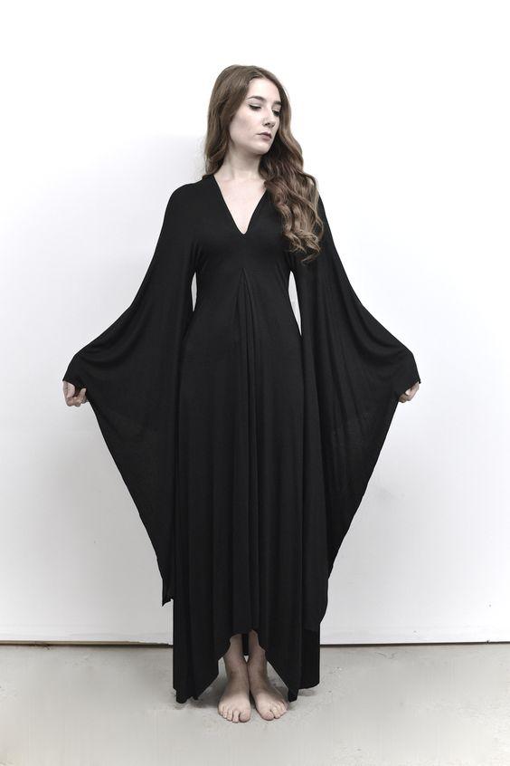 Kimono Sleeve Gown                                                                                                                                                                                 More: