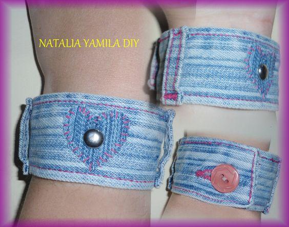 Brazaletes / pulseras / muñequeras artesanales en denim / jean con detalles de  tachas e hilo encerado . Denim bracelet / cuff . crafting craft