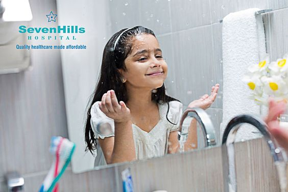 1. Pull Your Hair Back.  2. Wash your hands thoroughly before you wash your face, else you will be working dirt into your skin.  3. Splash water on your face. Always rinse with tepid, not cold water; also avoid hot water.  3. Apply a cleanser or soap using gentle, circular motions. Use your finger tips not your palms.  4. Thoroughly rinse away the soap. Cleanser residue can clog pores and attract dirt.  5. With a soft, clean towel, gently pat your face, follow it with a moisturizer face