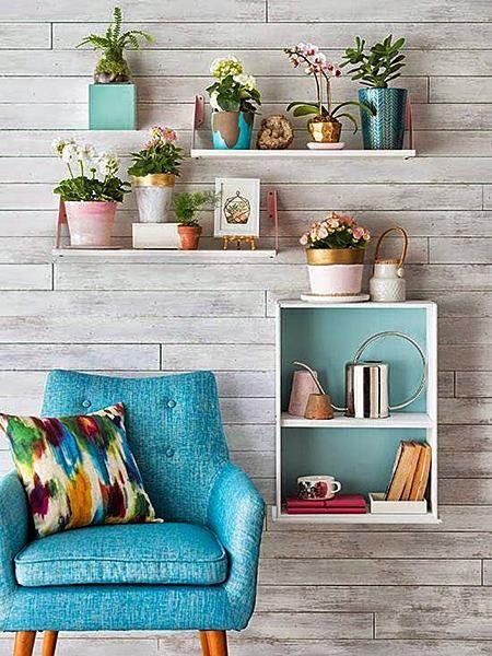 Olhando bem, sempre há um cantinho que pode se tornar especial, seja no quarto, na sala, no hall…Inspire-se nestas ideias e encha de beleza aquele pequeno espaço esquecido…:
