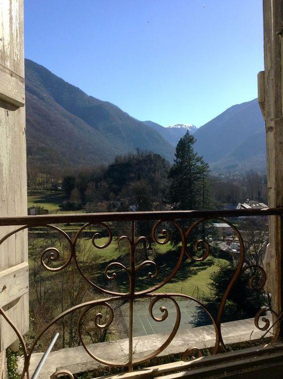 Chateau De Gudanes - love to follow the blog...