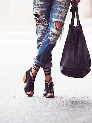 Rusel Lace Up Heel  Supple leather lace-up sandals Spanish