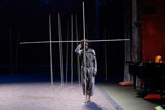 adaptation de La Flûte enchantée de Mozart. Théâtre des Bouffes du Nord- Peter Brook