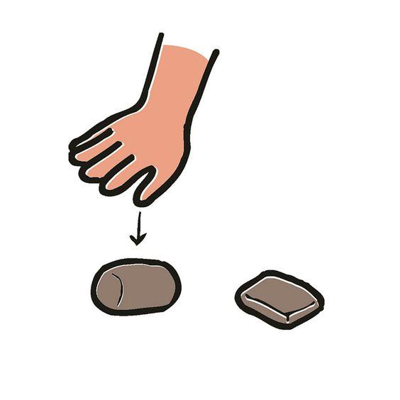 Ganz einfach! Du kannst mit PlayMais wirklich alles machen, du kannst es in fast jede Form bringen - zum Beispiel durch einfaches Pressen mir der flachen Hand. Lege dir ein PlayMais auf den Tisch und probiere es aus. Es ist wirklich kinderleicht! #playmais #anleitung
