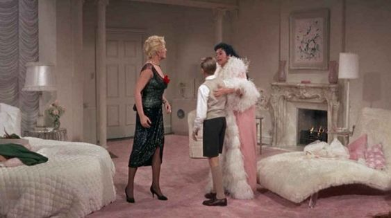 Auntie Mame bedroom 2: