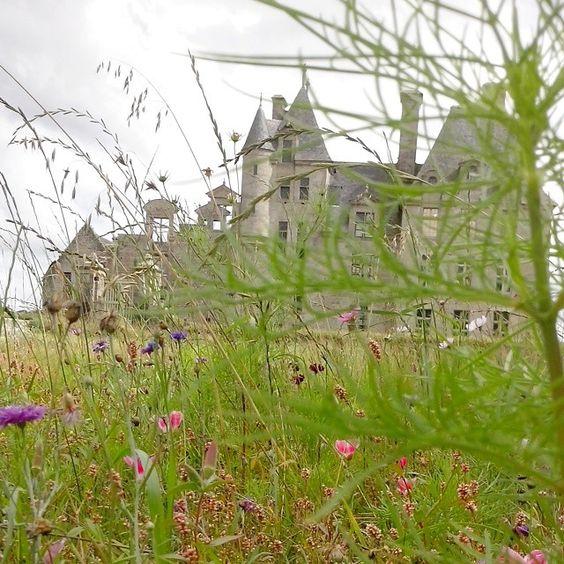 Château de Kerjean via @catherine_vagabondes #myfinistere