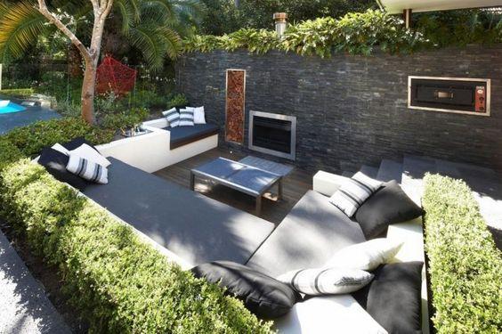 bequemen Sitzplatz um den Kamin im Senkgarten gestalten Garten - terrassengestaltung mit wasserbecken