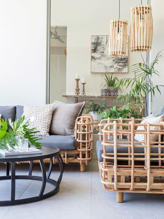 10+ Amazing Tropical Living Room Furniture