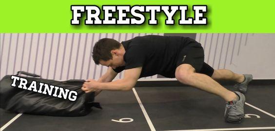 Zirkel Training mit Kettlebell ( Snatch 20 Kg ) Ausfallschritte (Lunges) - Rückwärts Krabbeln (Primal Workout) Und klassischen Push Ups. Vor dem Zirkel sollt...