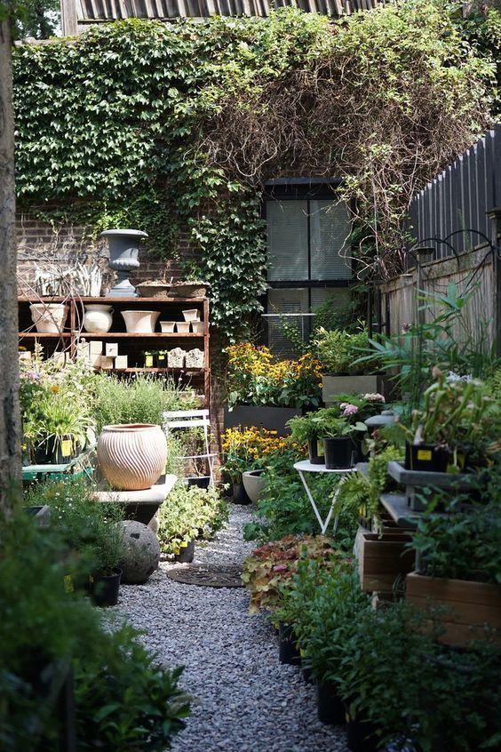 Decoration Vivement Le Printemps Petits Jardins De Cour Jardinage Urbain Et Amenagement De Jardin Mediterraneen